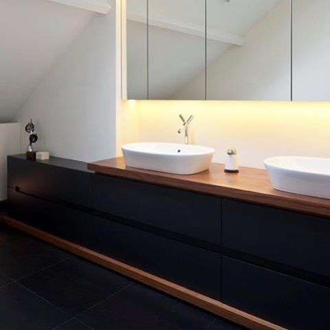 Antwerp wedolove attic interiors bathroom for Bathroom designs zimbabwe